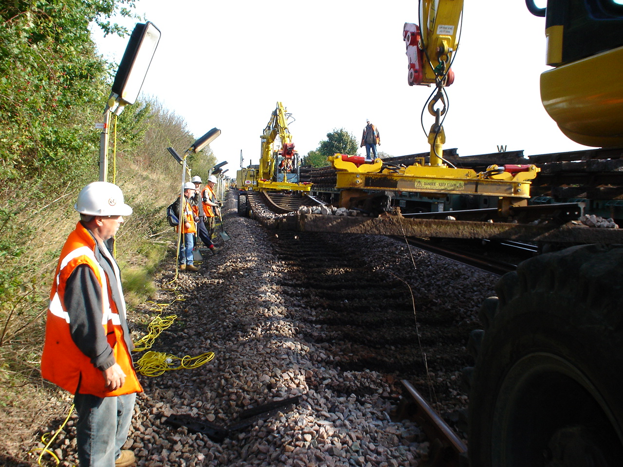 heavy machineries of thomson rail